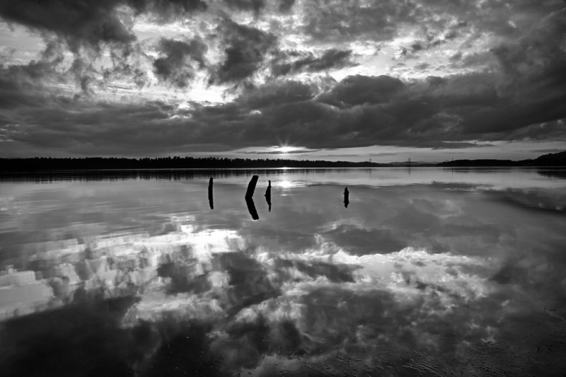 Crack in the mirror B&W